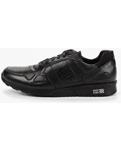Кроссовки черные Kruzo