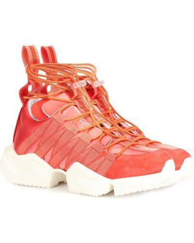 Кожаные кроссовки розовый замшевые Unravel
