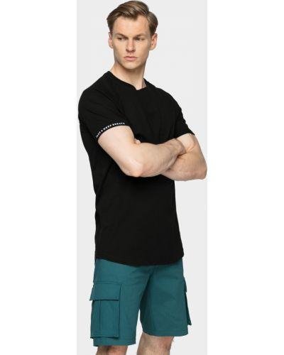 Спортивная футболка - черная Outhorn