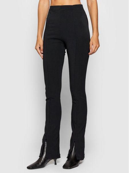Czarne spodnie materiałowe Remain