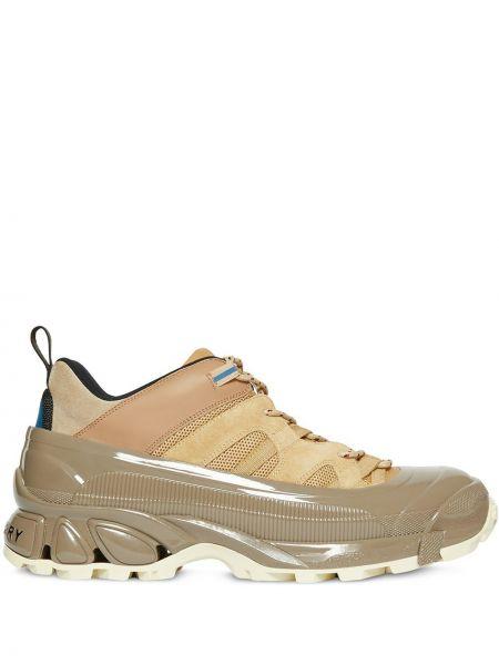 Sneakersy z siatką sznurowane Burberry