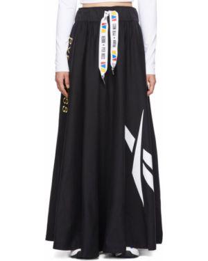 Черная юбка с вышивкой на резинке Reebok By Pyer Moss