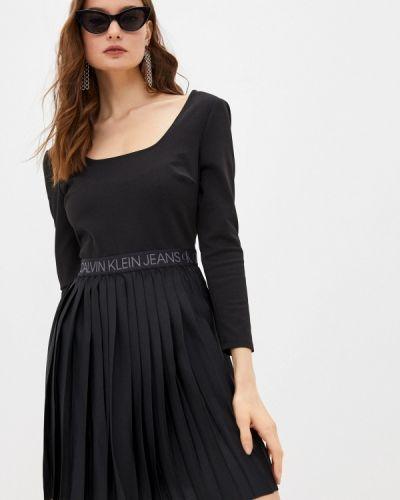 Прямое черное джинсовое платье Calvin Klein Jeans