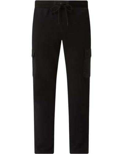 Czarne spodnie dresowe z nylonu miejskie Urban Classics
