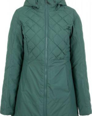 Приталенная теплая зеленая куртка с капюшоном на молнии Outventure