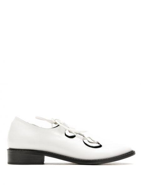 Туфли на каблуке на низком каблуке белый Reinaldo Lourenço