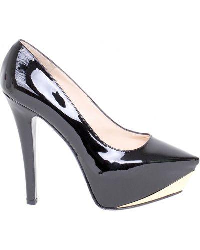 Кожаные туфли на каблуке осенние Nando Muzi