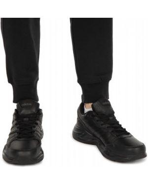 Кожаные спортивные черные кроссовки на шнурках Adidas