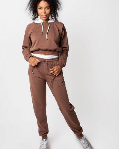 Спортивный костюм коричневый Malaeva