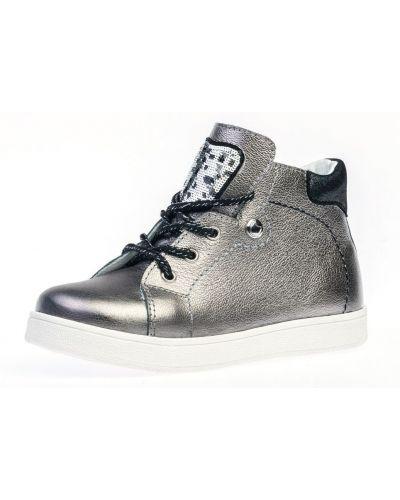 Серебряные кожаные ботинки котофей
