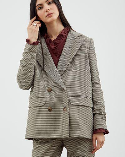 Прямой пиджак в клетку с подкладкой черешня
