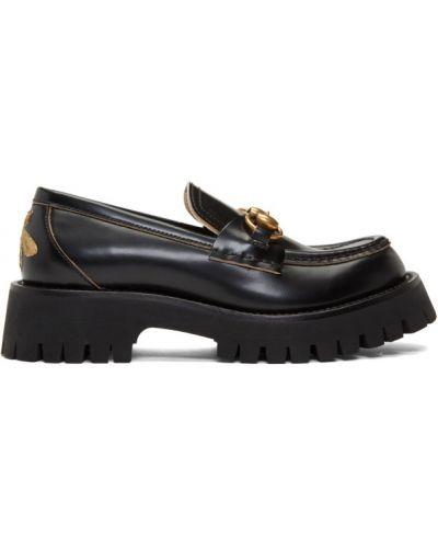 Czarny loafers na pięcie prążkowany z prawdziwej skóry Gucci