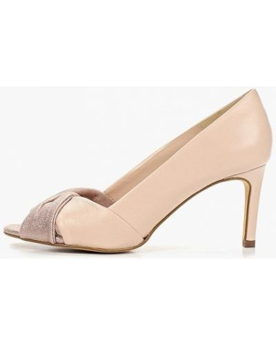 Туфли на каблуке кожаные с открытым носком Bata