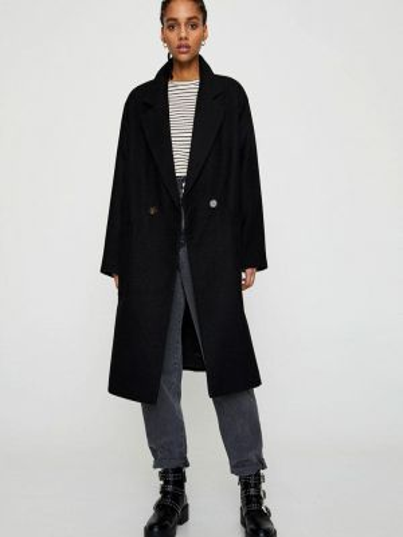 Пальто с медведем - черное Pull&bear