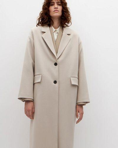 Бежевое пальто Lime