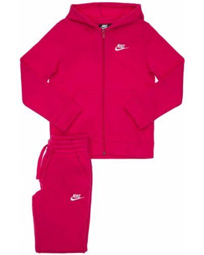Różowe joggery z haftem bawełniane Nike