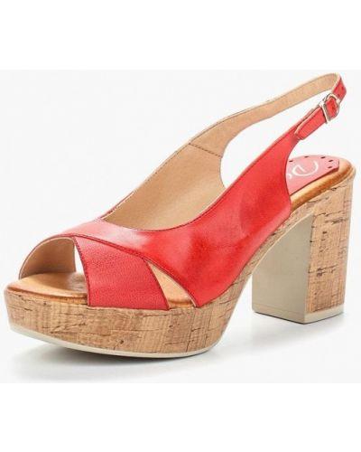 Красные босоножки на каблуке Dali