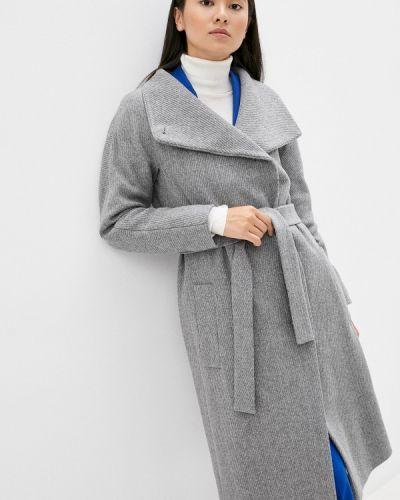 Серое пальто Boss
