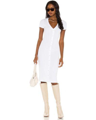 Белое трикотажное платье Lna