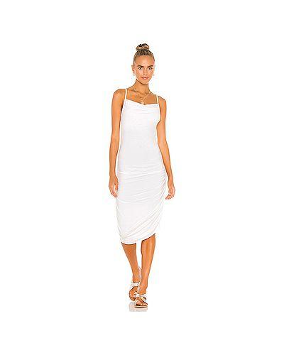 Белое платье на бретелях эластичное Indah