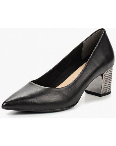Кожаные туфли осенние на каблуке Tamaris
