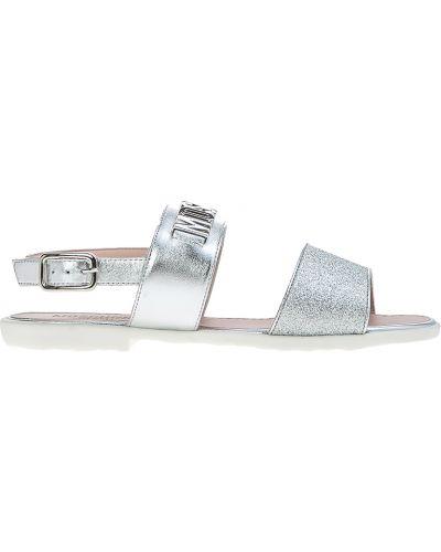 Босоножки серебряного цвета Moschino