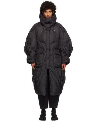 Пуховое черное длинное пальто с капюшоном Chen Peng