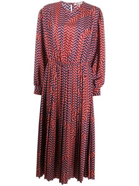 Шелковое розовое платье с вырезом эластичное Ports 1961