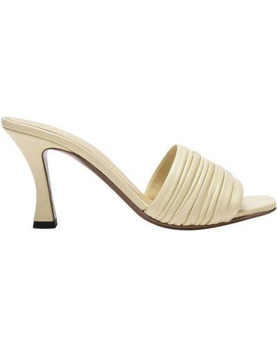 Beżowe sandały skórzane Neous