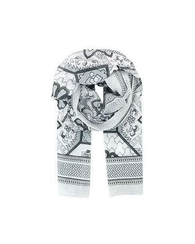 Серый шарф Emporio Armani