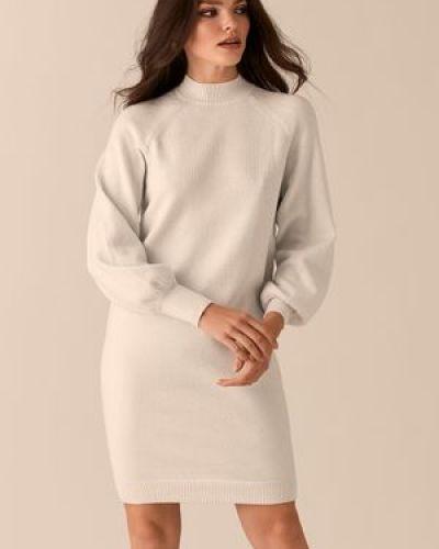 Свободное с рукавами трикотажное платье Love Republic