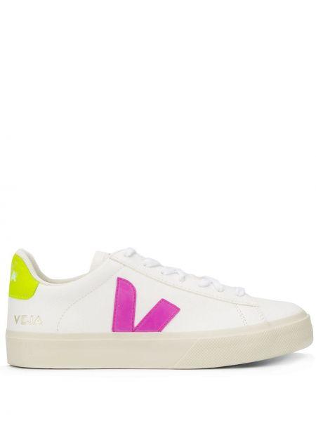 Кожаные кроссовки с логотипом белый Veja