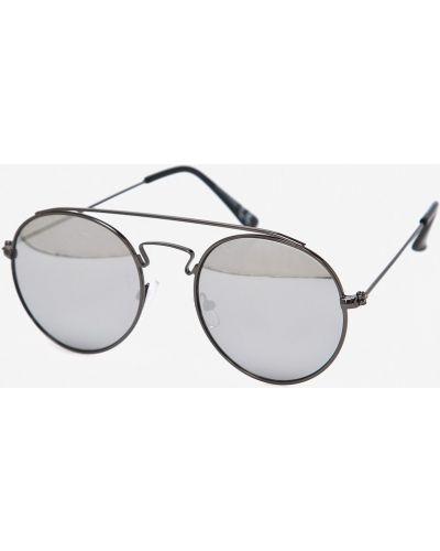 Солнцезащитные очки серые Jack & Jones