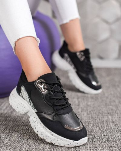Czarne sneakersy Mckeylor