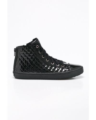 Кожаные кроссовки с перфорацией текстильные Geox