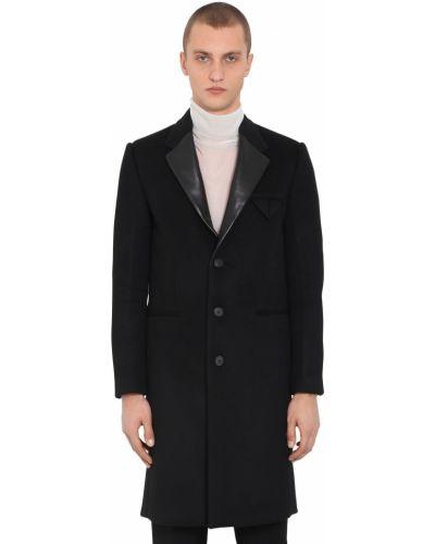 Czarny płaszcz skórzany Bottega Veneta