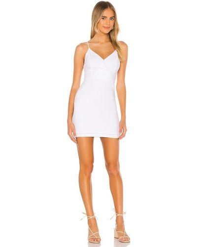 Белое вечернее платье с декольте на бретелях Bcbgeneration