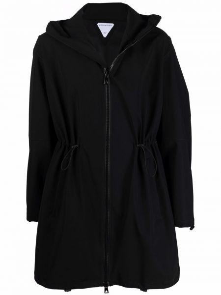 Czarny płaszcz z kapturem Bottega Veneta