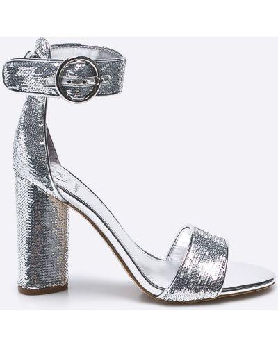 Джинсы серебряного цвета Guess Jeans