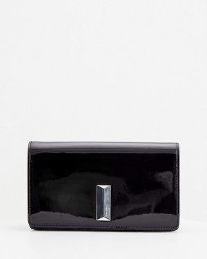 Кожаная лаковая черная кожаная сумка Hugo