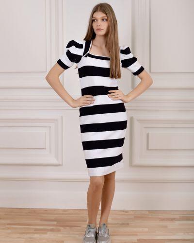 Приталенное трикотажное платье в полоску Dolcedonna