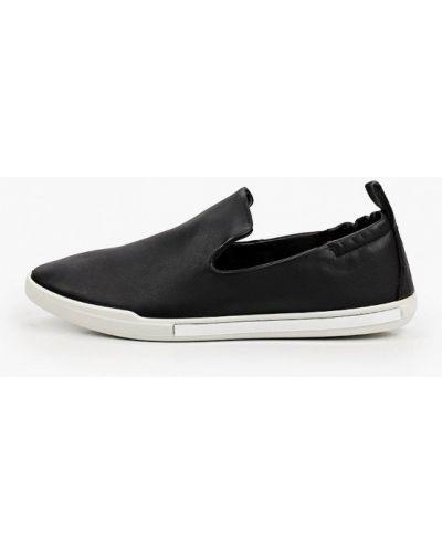 Черные кожаные слипоны Ecco