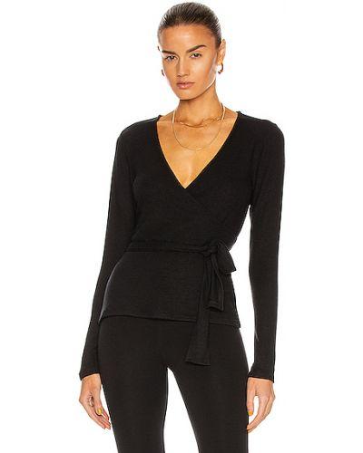 Облегченный текстильный черный пуловер Beyond Yoga