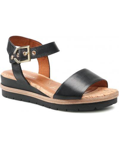Sandały skórzane - czarne Tamaris