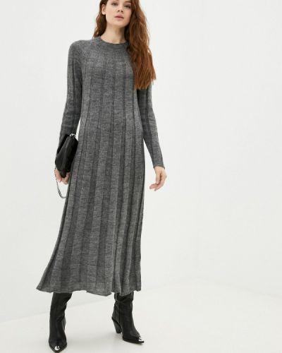 Серое трикотажное вязаное платье Please