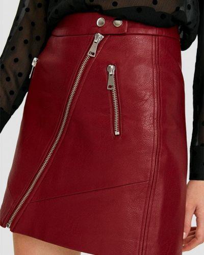 Кожаная юбка красный Stradivarius