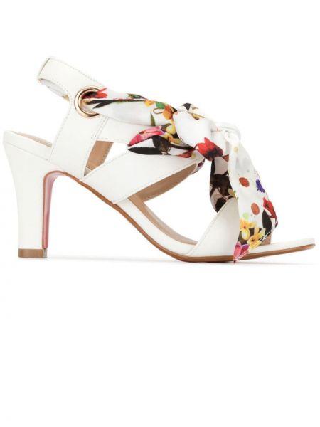 Białe sandały skorzane Loveless