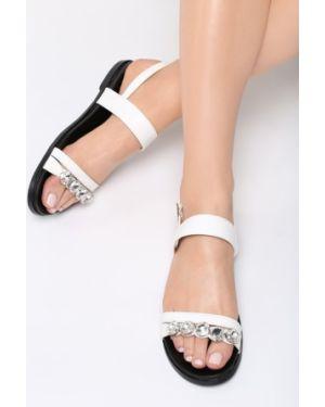 Białe sandały materiałowe Multu