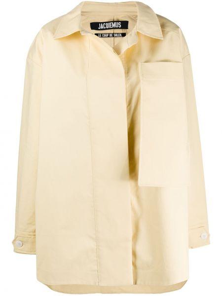 Żółty płaszcz bawełniany zapinane na guziki Jacquemus