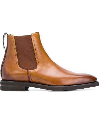 Коричневые кожаные классические туфли Berwick Shoes